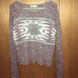 Adorable hollister sweater